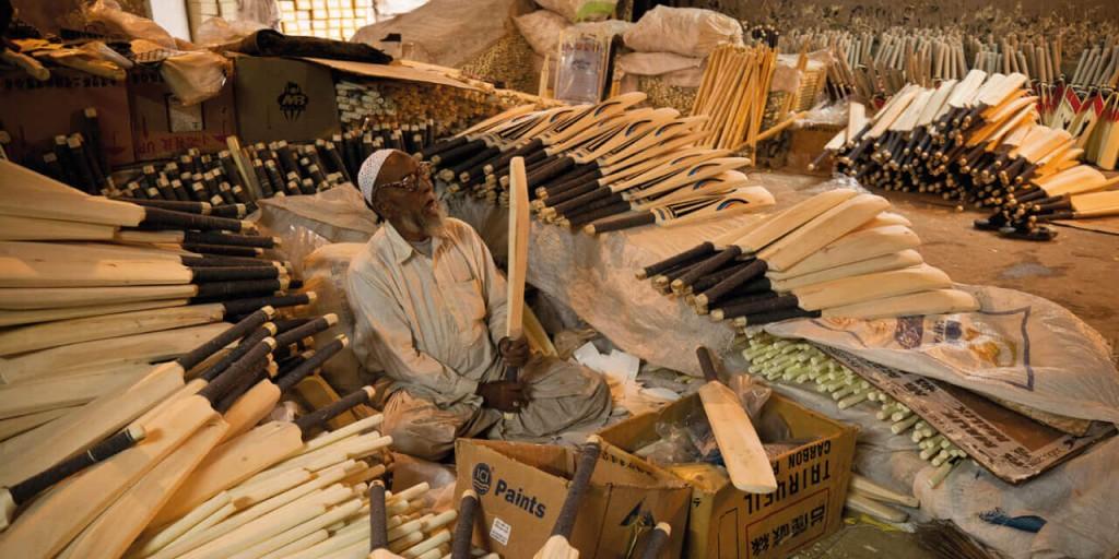 Cricket bat factory | Kashmir Tour Kesari tours