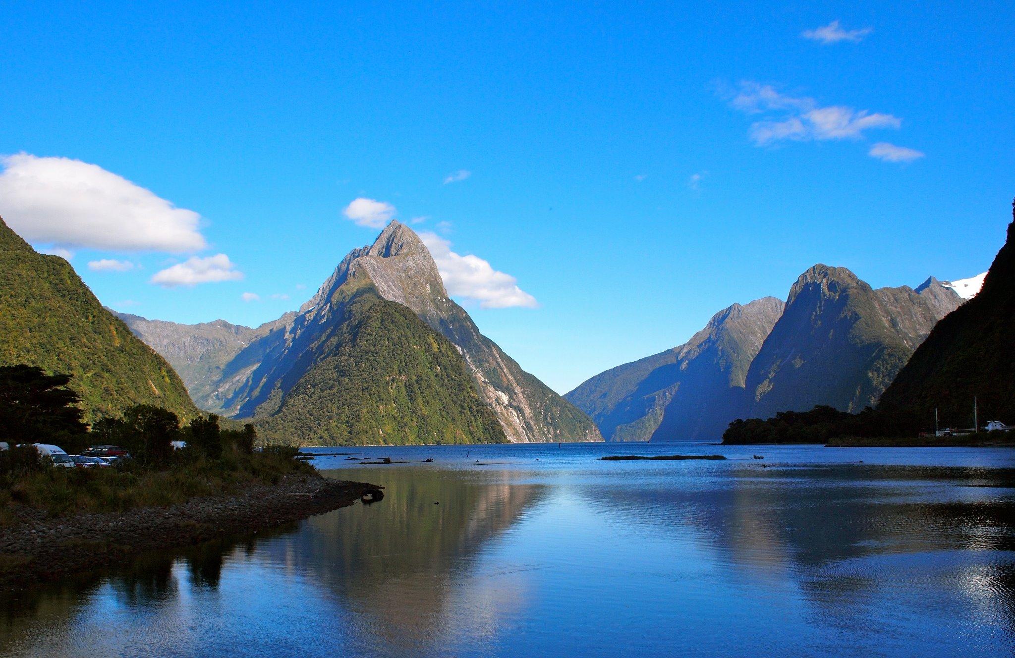 3. milford sound newzealand