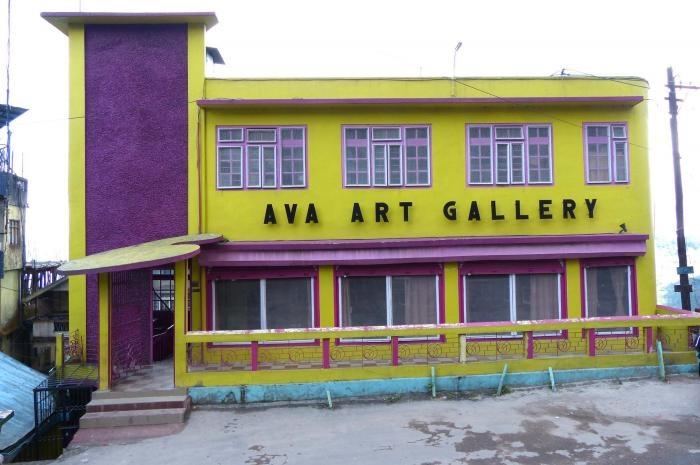 ava-art-gallery_700_0