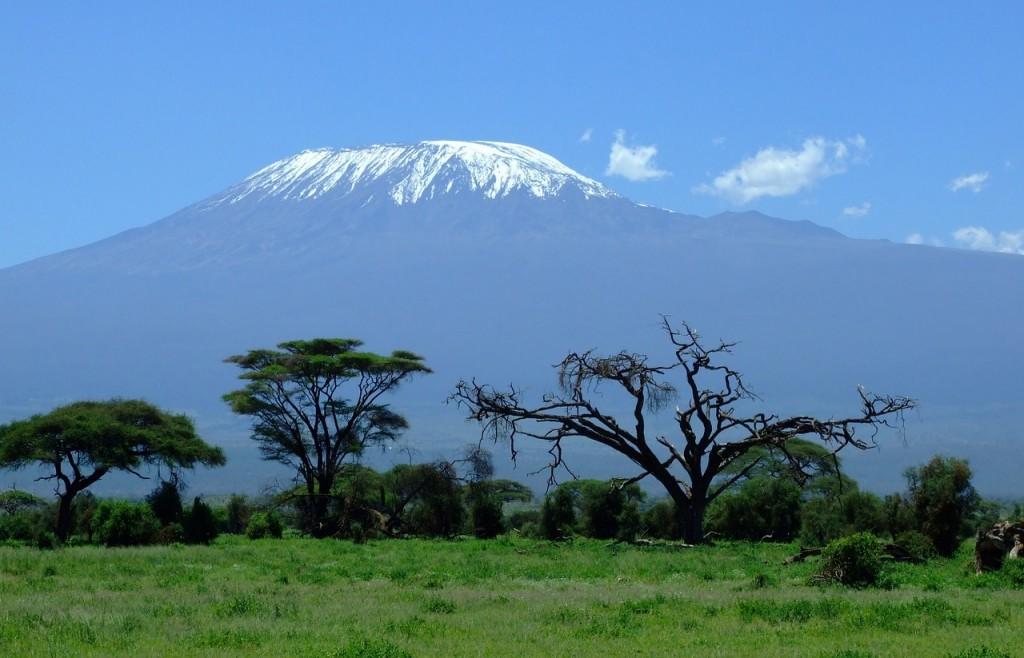 2 mountains-kesari-tour-travel
