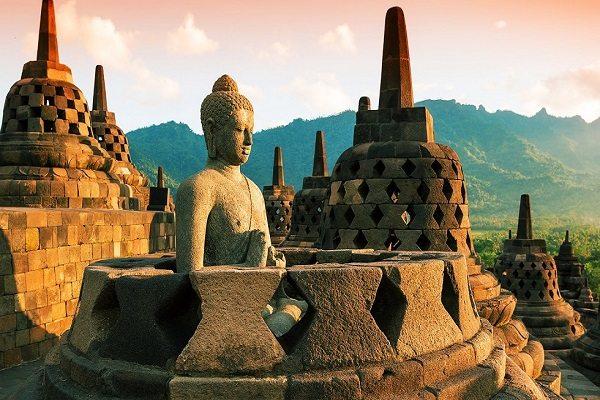 3 Yogyakarta