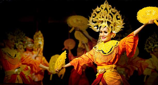 Kesari-Tours-Malaysian-Culture