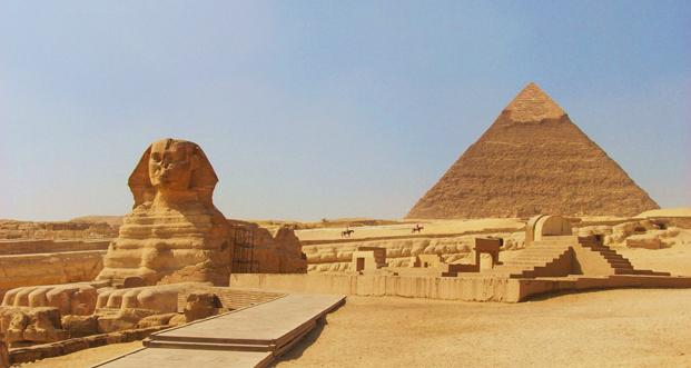 Kesari-Tours-Pyramids-of-Giza