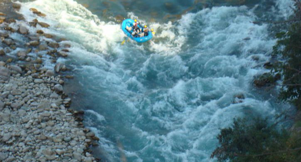 Kesari Tours River Rafting at Alaknanda
