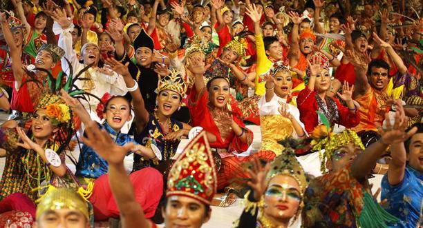 Kesari-Tours-malaysian-festival