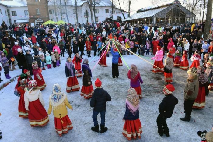 Maslenitsa Pancake Festival, Russia Kesari tour