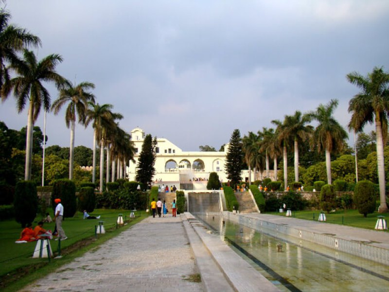 pinjore-garden1