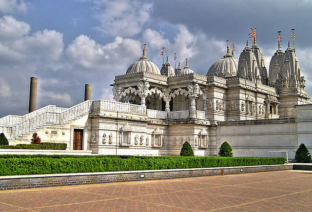 2 swaminarayan temple kallur, kesari tours