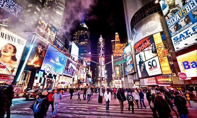 Broadway,Top 5 Streets To Shop When In New York,city of skyscrapers, new york shopping places, new york shopping, shopping in new york, new york shopping outlets, shopping in manhattan, tip of Manhattan, street shopping in new york, Kesari Tours