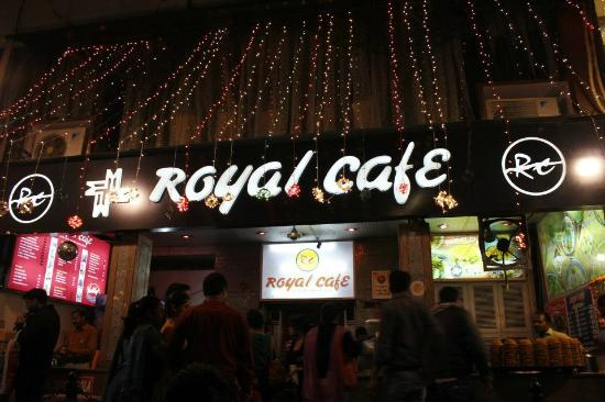 4. royal-cafe 1