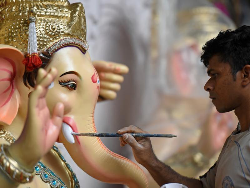 GaneshUtsav in Mumbai - Kesari Tours