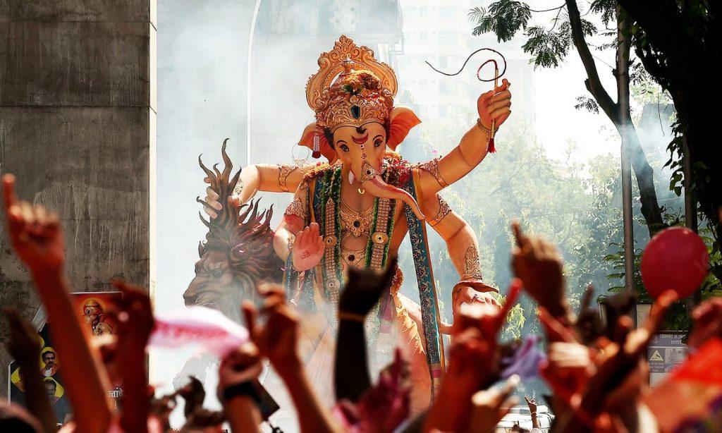 Ganesh Chaturthi in Mumbai - Kesari Tours