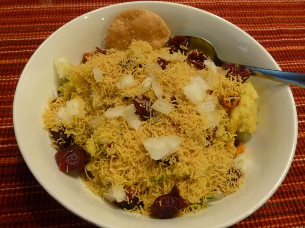 Kutchi - Food - Locho - Surti - Kesari Tours