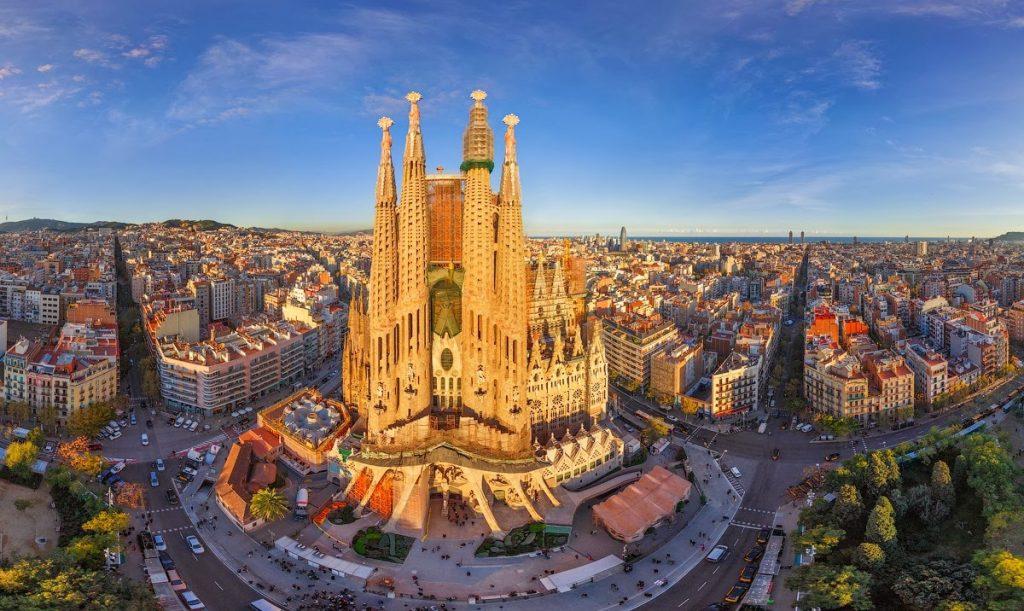 barcelona - Montjuic Castle - kesari tours