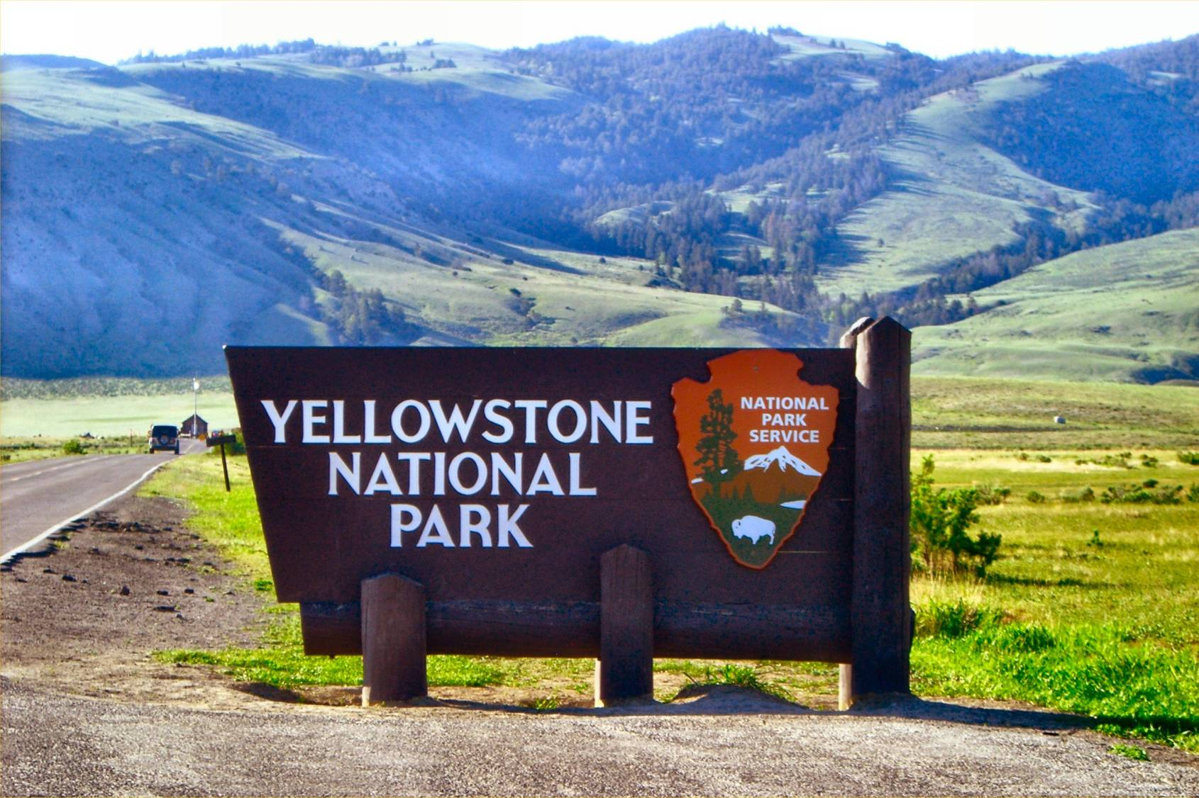 Explore The Wonders Of Yellowstone National Park Usa