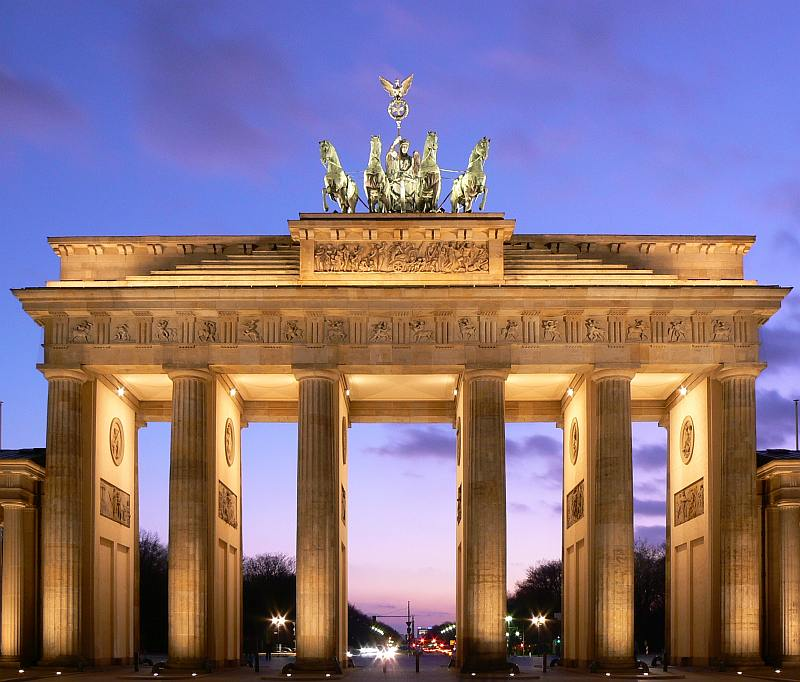 Berlin - Brandenburg Gate - Kesari Tours