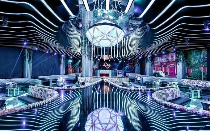 nightlife-dubai-best-nightclubs-dubai-kesari-tours